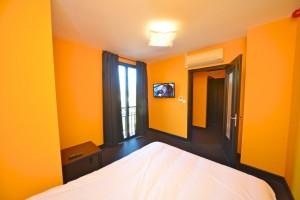 Hôtel Vierzon - Chambre orange